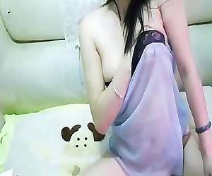 Naked Young asian Tomboy..